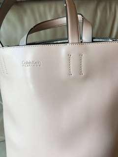 Calvin Klein Platinum Leather Bag (dirty pink)