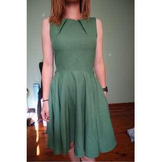 Dress - Green - As seen on Taylor Swift