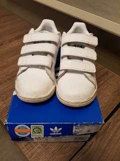 Authentic Adidas Stan Smith kids (size 9.5)