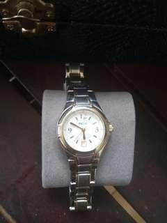 Jam tangan relic by Fossil