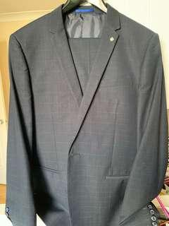 Navy blue Skinny fit politix suit