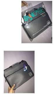 Tas laptop size 11-12inch