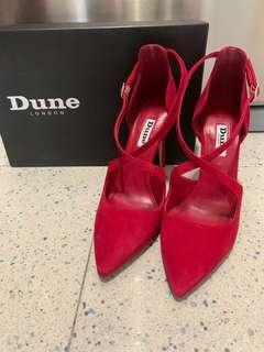 Dune London New Red Suede Cross Strap Heels (Size 37 / 4) 全新紅色绒面麂皮搭帶高跟鞋