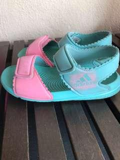 Adidas kids shoe size 9K