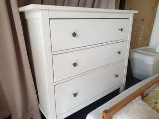 🚚 IKEA Hemnes Drawers.