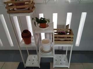 Used white plastic plant 3 tier rack for sale