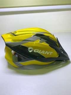 全新捷安特自行車安全帽 送運動後背包🎒