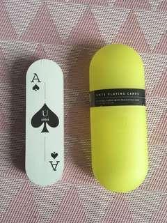 Umbra playing cards