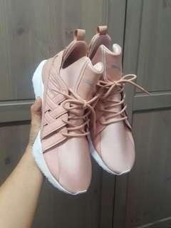 🚚 缺貨款 粉紅puma muse echo有氧運動鞋