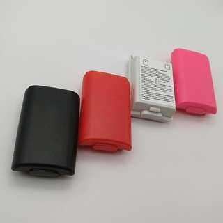 (Free postage) Pack of 4: Battery Pack Cover Shell Shield Case Kit for Xbox 360 (1 Red, 1 Pink, 1 Black and 1 White)