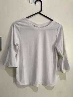 Uniqlo White Top