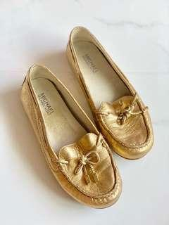 🚚 New Michael Kors MK Gold Ribbon Loafers Leather Flats Size 36