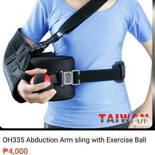 Hand sling with pillow