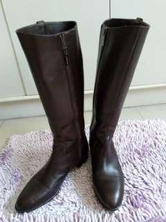 Leather boots Japan