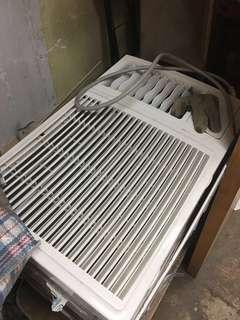1.5匹ZANUSSI窗口式冷氣機