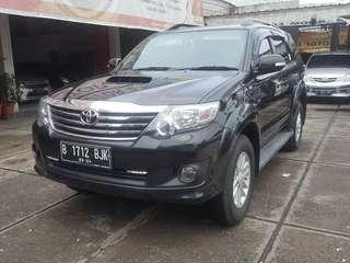 Toyota fortuner g vnt disel at 2014