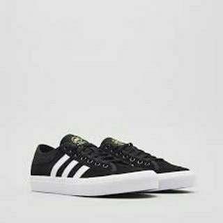 Adidas skateboarding matchcourt  kode art B22784 .
