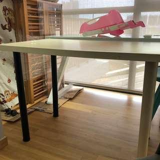 Giving away ikea table