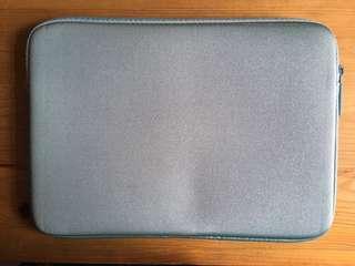 100%正版Incase 12-inch MacBook專用機袋