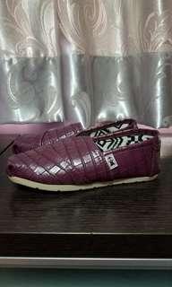 (全新) 紫色休閒鞋