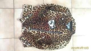 日本豹紋外套