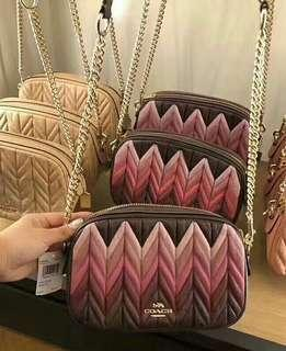 ISLA CHAIN CROSSBODY WITH OMBRE QUILTING (COACH F30652)