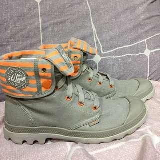 REPRICED!! Palladium • Boots & Ankle Boots • Baggy Lit CVS Grey/Orange