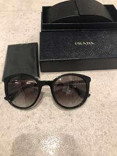 Prada  Sunglasses PR 17SS 1AB0A7 Black,