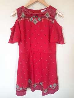 Red Paperdolls dress size L