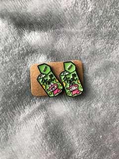 🚚 蠟筆小新—鱷魚巧克力餅耳環