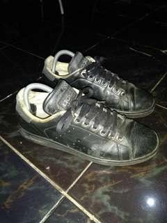 Aepatu adidas stan smith original size 42