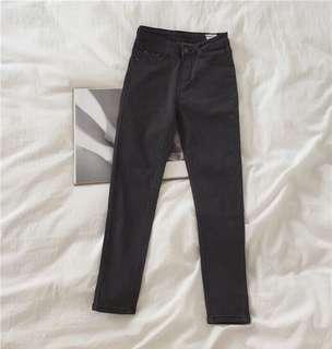 🚚 韓版顯瘦彈力牛仔褲