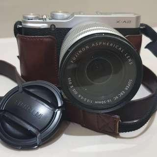 KAMERA MIRRORLESS FUJIFILM XA-2 . KIT 16-50 MM . BONUS MELIMPAH