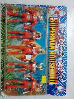 🚚 Ultraman - Pack of 5s Ultraman Figurines