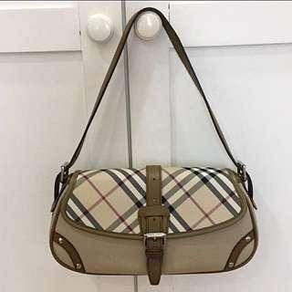 Pre Loved Burberry Shoulder Bag