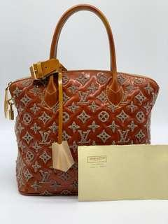 4a95be7f9d01 Louis Vuitton lv limited edition Neol 2012 lockit Vernis leather