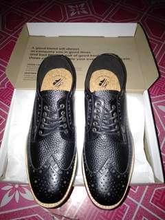 Sepatu kulit portee goods original