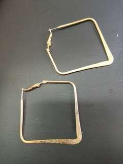 🚚 金屬菱形 耳環