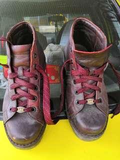Vintage Leather Lee