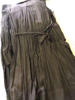 Initial 黑色百褶長身裙外套