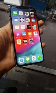 iPhone X 64GB iBox