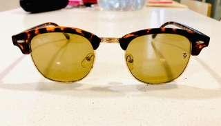 Ray-Ban Sun Glasses
