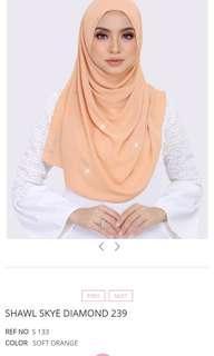 Ariani Plain Diamond shawl