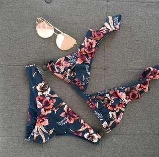 🚚 BNWT Ruffles Cute Floral Bikini Set