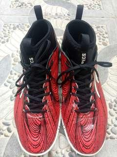 Sepatu Futsal Specs Barricada