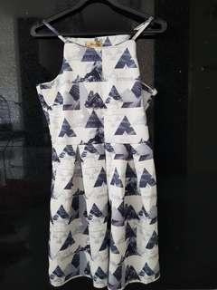 🚚 Floral  design dress