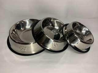 🚚 Stainless steel dog bowl