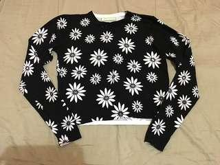 Cropped Knitted Floral Pullover