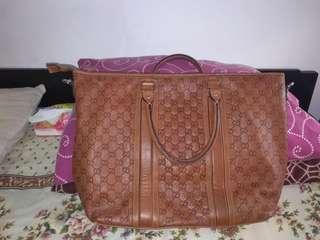 Tas Gucci Travelling Preloved