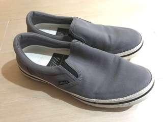 Crocs 布鞋